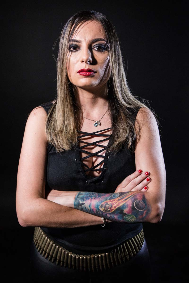 Renata Petrelli Was Born In Sao Paulo SP And Is Guitarist Bassist Composer She Currently The Lead Sinaya Death Metal Marie Dolls
